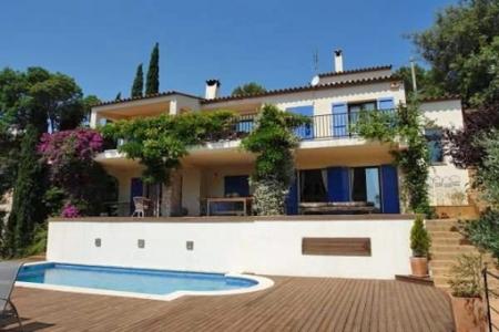 Villa resplendissante avec fantastique vue sur...